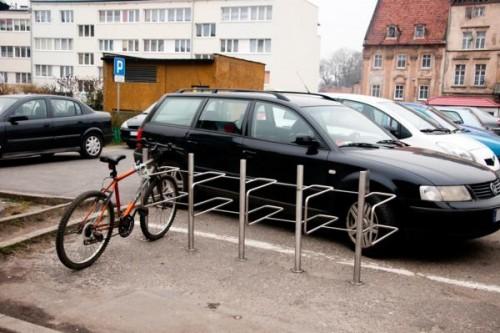 Nowe stojaki na rowery