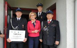 Promesy dla strażaków z Gminy Gryfów Śląski.