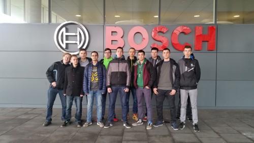 Najlepsi uczniowie klas leśnych ZSOiZ w Gryfowie Śl.  w Bosch Warszawa