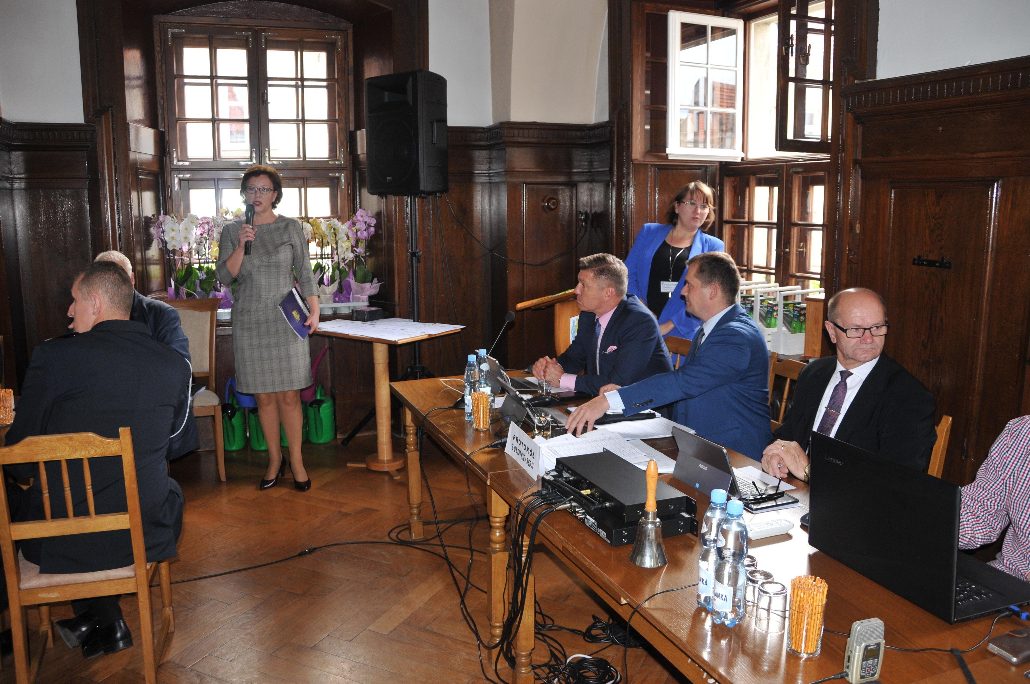 Sesja Rady Miejskiej: drogi i mosty w gminie Gryfów Śląski