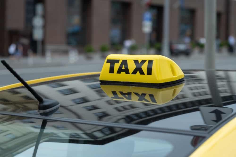 Zawieszenie działalności taksówkarza